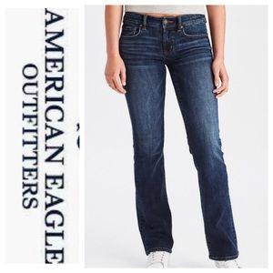 ❄️ American Eagle Favorite Boyfriend Bootcut Jeans